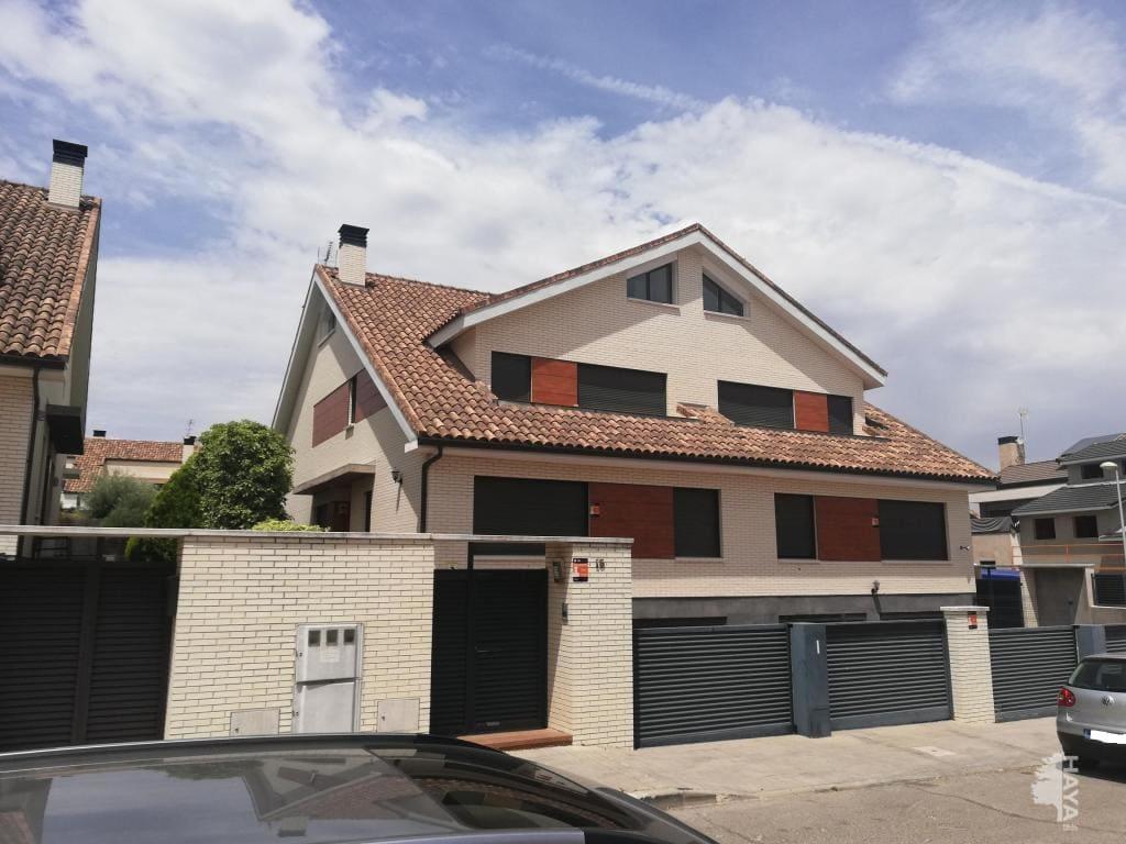 townhouses venta in villanueva de la cañada ecuador