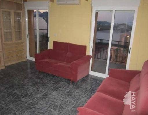 Apartment in Potríes<br /> 3 bedroom - 42500.00 Euros